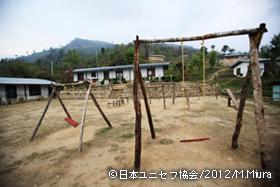視察した農村部の小学校