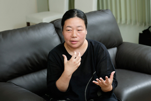 京都精華大学マンガ学部非常勤講師 横森文さん