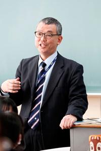 埼玉県立浦和第一女子高等学校 国語科担任  板谷大介 教諭