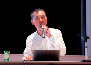 最後に講演会が行われ2日間の研修は終わった。<br> 千葉大学教育学部 准教授 神野 真吾 氏
