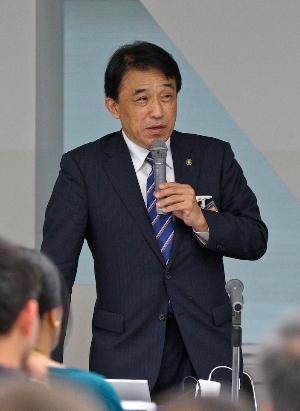 多久市長、全国ICT教育首長協議会会長 横尾俊彦氏