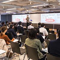 将来役に立つ本物の英語を教える4技能を伸ばす教え方・学び方 ~知識伝達型授業から活動型授業へ~