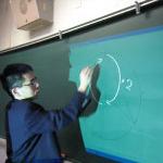 教育の情報化を推進!~e-黒板が授業を変える