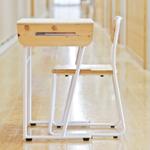2015年度グッドデザイン・ベスト100受賞! 教育用家具『地域産材で作る自分で組み立てるつくえ』