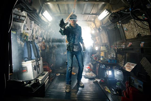 『レディ・プレイヤー1』VR世界にハマる人々を描くスピルバーグ監督最新作