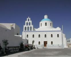 図6 ギリシャ・サントリーニ島の教会